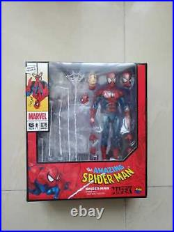 Brand new MAFEX No. 075 Spiderman Comic Version Non Scale Painted Action Figure