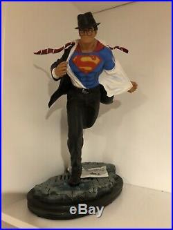 Clark Kent Custom 1/4 Statue Superman #1 Rare Statue Figure