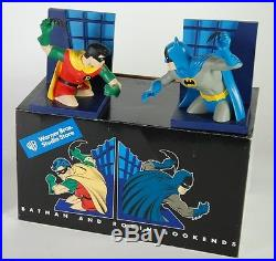 DC COMICS & WARNER BROS BATMAN & ROBIN SILVER AGEBRAVE BOLD BOOKENDS STATUE Bus