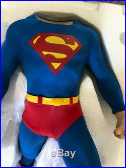 DC Collectible 25 Inch Statue Figure Premium Format Superman Sideshow BRAND NEW