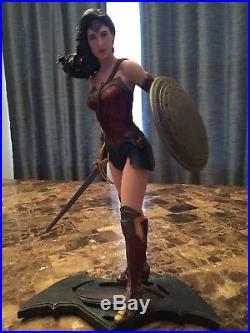 DC Comics Batman v Superman Wonder Woman Statue Gal Gadot
