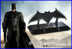 DC JUSTICE LEAGUE BATMAN DARK Knight BATARANG 11 PROP REPLICA Statue Superman