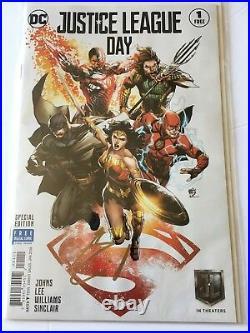 Henry Cavill signed JUSTICE LEAGUE DC Comic Book SUPERMAN BATMAN