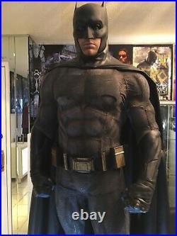 Prime 1 Studio Batman v Superman Down Of Justice Batman 1/2 Scale Statue