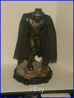 Sideshow Armored Batman Statue Premium Format Wonder Woman Superman Aquaman #75