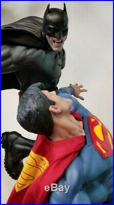 Sideshow Batman Versus Superman Premium Format Statue