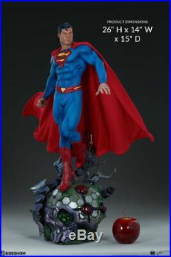 Sideshow Superman DC Comics Premium Format 1/4 Scale Statue