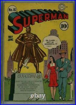 Superman #16 1942 CGC. 5 Missing Centerfold Page Lois and Clark White Pages