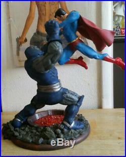 Superman Vs Darkseid Statue Damaged Second Edition DC Comics