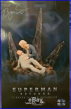 WETA Superman Returns Returning Son Statue! Very limited and hard to find